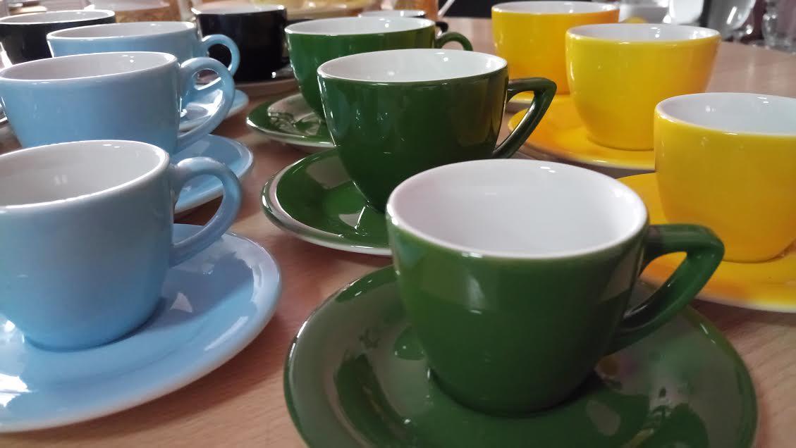 Цветные чашки Thun